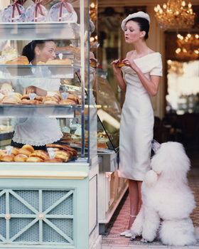 March 1999 vogue Arthur Elgort At the Patisserie Cador in Paris