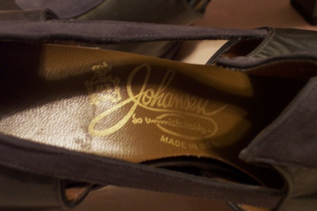 Sh 115 Johansen grey patent leather & suede shoe (5)