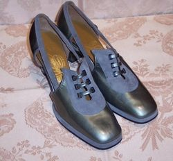 Sh 115 Johansen grey patent leather & suede shoe
