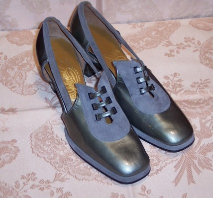Sh 115 Johansen grey patent leather & suede shoe
