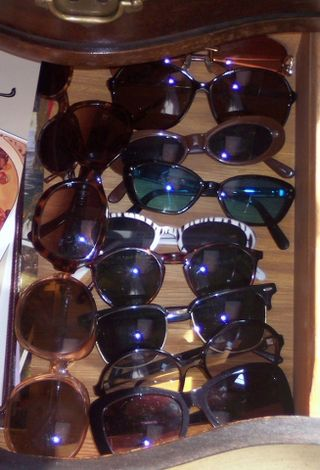 Not enough sunglasses_327x480