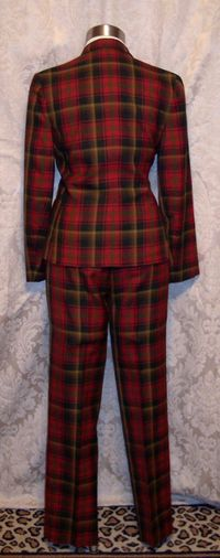 Highland queen plaid pantsuit (8)_237x600
