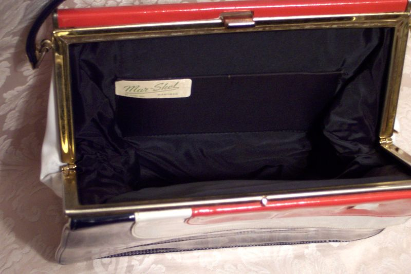Vintage Mar Shel red white & blue patent leather purse (5)
