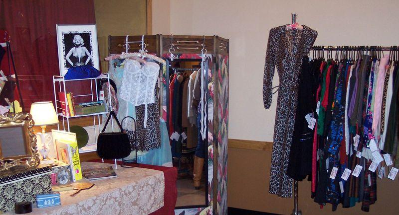 Top Shelf Flea October 2010 (8)