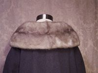 Vintage 1950s Chinchilla Collar Gray coat (8)