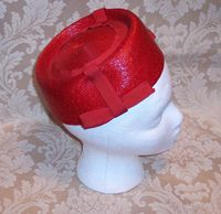 Vintage red straw pillbox hat_620x600
