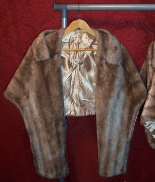 Vintage outerwear from The Red Velvet Shoe (3)