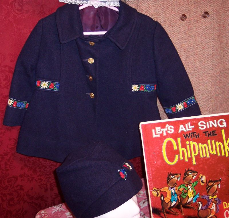 Childrens vintage clothing at The Red Velvet Shoe (4)