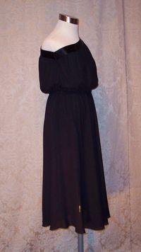 Vintage 1970s Pierre Cardin one shoulder black dress (5)