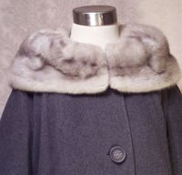 Vintage 1950s Chinchilla Collar Gray coat (5)