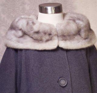 Vintage 1960s Chinchilla Collar Gray coat (5)