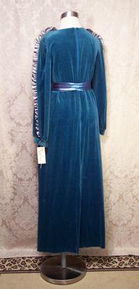 Vintage Richard Sivley for Keyloun velvet hostess dressing gown (9)