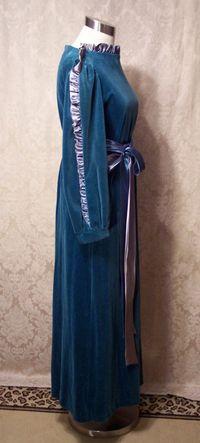 Vintage Richard Sivley for Keyloun velvet hostess dressing gown (4)