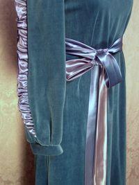 Vintage Richard Sivley for Keyloun velvet hostess dressing gown (7)