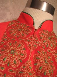 Vintage 1960s Gossard Artemis Gypsy Red Embroidered nightgown & robe   (4)