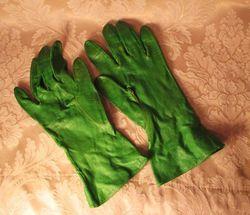 1930s vintage green leather gauntlet ladies gloves (4)