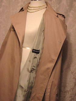 Yves Saint Laurent Made in France Vintage Trench Coat  (9)