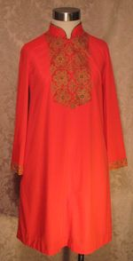 Vintage 1960s Gossard Artemis Gypsy Red Embroidered nightgown & robe   (6)