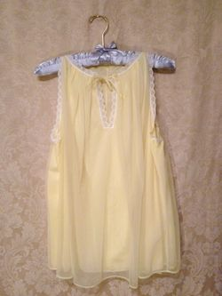 Vintage 1960s French Maid Yellow Chiffon Baby Doll Nightgown (6)