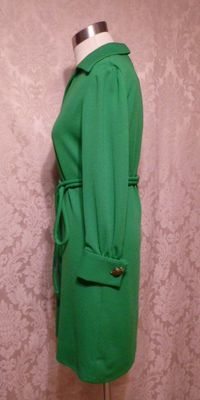 1960s Vintage AF Boutique Anne Fogarty kelly green long sleeve french cuff tunic dress turtle cufflinks  (4)