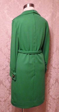 1960s Vintage AF Boutique Anne Fogarty kelly green long sleeve french cuff tunic dress turtle cufflinks  (3)