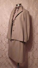 1970s Vintage Halston 3 piece khaki wool suit jacket skirt pants (19)