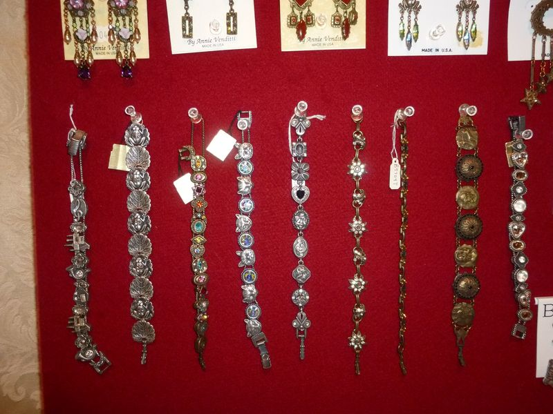 Vintage Banana  Bob jewelry @ The Red Velvet Shoe (8)