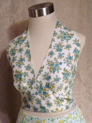 Vintage 1950s Blue  Yellow Floral Halter Top waist bow tie (8)