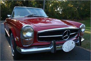 1971 MERCEDES 280 SL PAGODA TOP RED CONVERTIBLE (2)