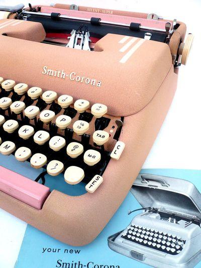 Vintage smith coronoa pink typewriter