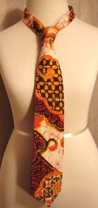 Vintage 1970s Kanaka Tie Made in Hawaii 100% cotton