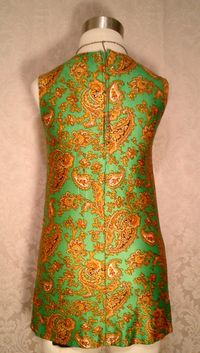 Vintage 1960s green & gold paisley jersey mini dress (3)