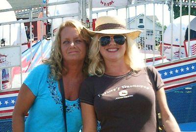 Farmer's Daughters & Proud Of It