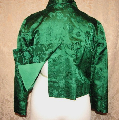 Vintage 1960s emerald green silk brocade two piece cocktail dress suit bolero jacket cut out back & bows (7)
