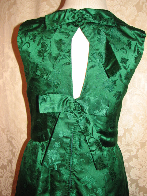 Vintage 1960s emerald green silk brocade two piece cocktail dress suit bolero jacket cut out back & bows (2)
