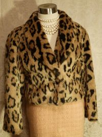 Vintage 1980s faux leopard fur short cropped coat (1)