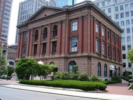 Louis Boston The Berkeley Shop address