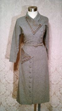 1940s vintage dress grey wool embroidered collar off center buttons jpg (3)