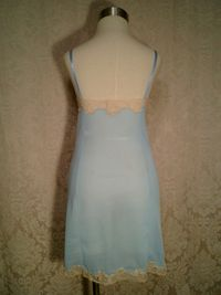1960s vintage Emilio Pucci baby blue & nude lace full slip size small (6)