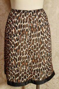1960s Vanity Fair Leopard Print Half Slip Black Trim Bow (1)