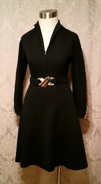 Vintage 1960s black wool knit dress zip front Filene's Plaza label (6)