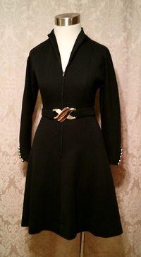 Vintage 1960s black wool knit dress zip front Filene's Plaza label (6)