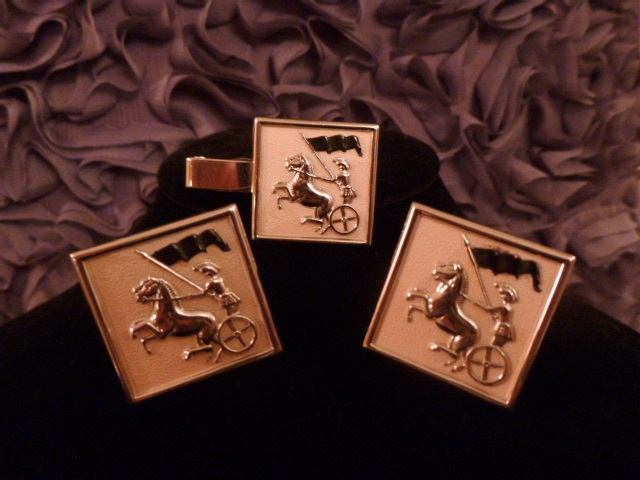 Vintage Swank Roman Soldier Horse Chariot pink silve cuff links tie tack  (3)