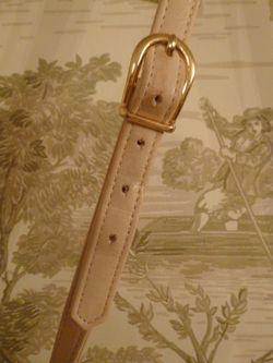 Vintage Christian Dior Pale Pink Ivory Leather cross body shoulder bag (7)