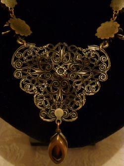 Banana Bob Birds In Flight  Ornate Gold & Rhinestone Tear Drop Necklace  (8)