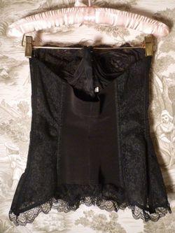 1940s Nelie Bologna black lace front hook long line bustier  (5)