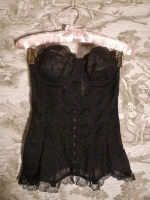 1940s Nelie Bologna black lace front hook long line bustier  (7)