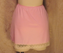 1960s vintage Van Raalte pink lace half slip made in usa (2)