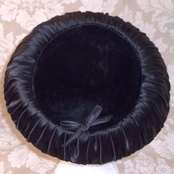 Vintage 1950s black velvet & ruched satin hat bow tie  (2)