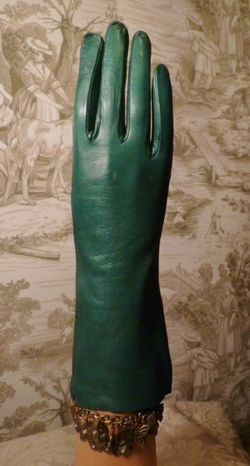 Vintage emerald green kid skin leather gloves  (1)